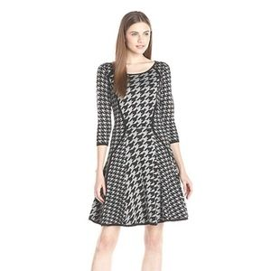 Gabby Skye Houndstooth Sweater Dress XL